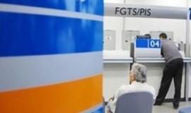 Pesquisa aponta que 38% dos brasileiros vão quitar dívidas com FGTS