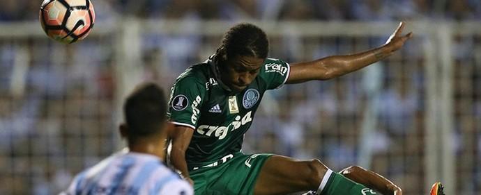 Dudu lamenta chances perdidas em jogo de estreia na Libertadores