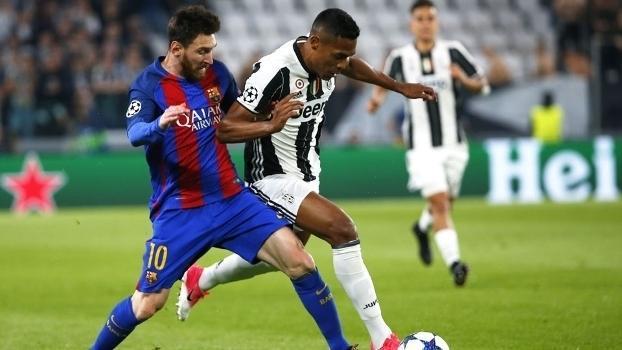 Alex Sandro foi bem na marcação de Messi (Crédito: Getty)