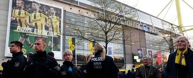 Explosões em ônibus do Dortmund deixam jogador ferido; fotos!