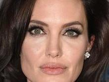 Angelina Jolie compra mansão histórica por R$ 79 milhões; fotos