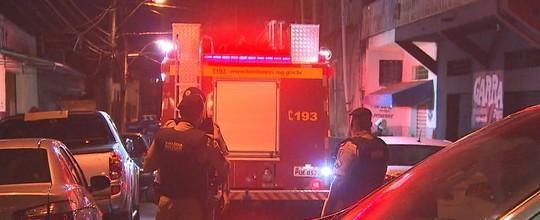 Mãe e filho de 5 anos morrem em incêndio dentro de casa
