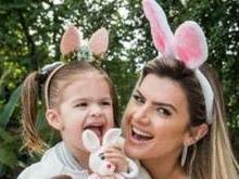 Mirella Santos posa com a filha na Páscoa: 'Virei mãe da Valentina'