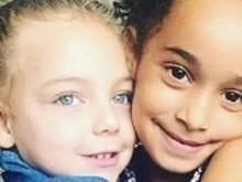 Filhas de Sheila Mello e Scheila Carvalho se divertem juntas