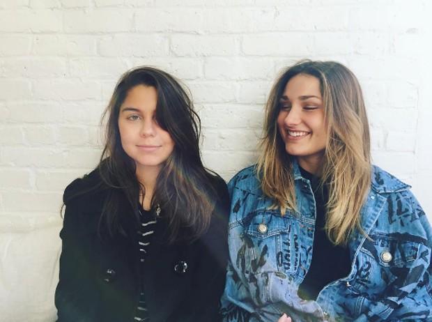 Sasha e sua amiga