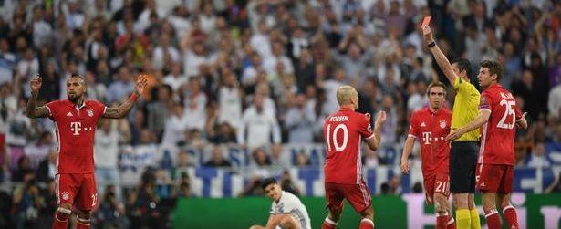 Jogadores do Bayern invadiram vestiário para cobrar árbitro