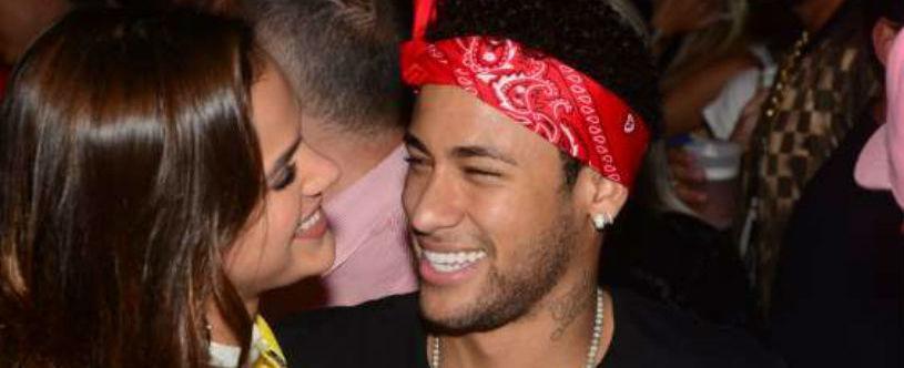 'Ela tem que cuidar de mim', diz Neymar sobre Bruna Marquezine