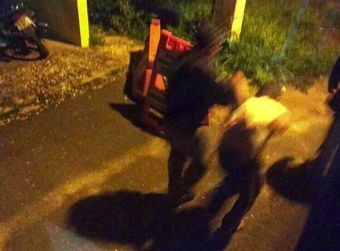 Jovem é detido com arma branca dentro de ônibus na BR 343
