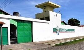 Presos se escondem em forro para fugir da Penitenciária de Parnaíba