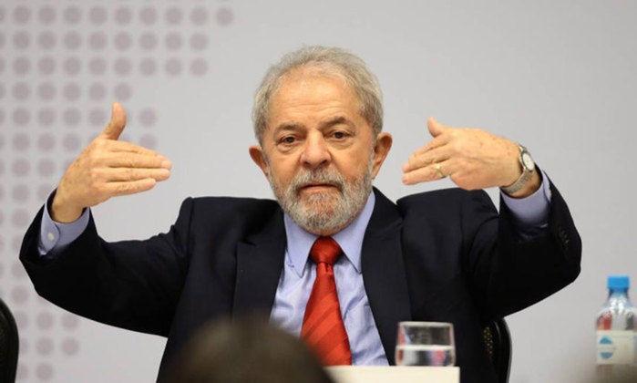 """Lula no seminário: """"Estratégias para a economia brasileira: desenvolvimento, soberania, inclusão"""""""