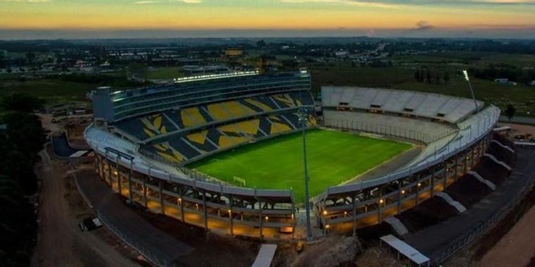 Palmeiras será o 1º time brasileiro a jogar na nova casa do Peñarol