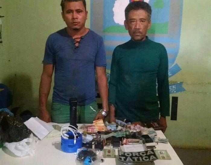 Pai e filho são presos com maconha e celulares no Piauí (Crédito: Divulgação)
