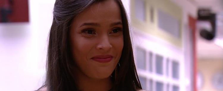 Globo tem planos de colocar Emilly para participar de 'Malhação'