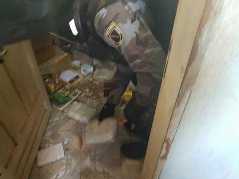 Polícia estoura boca de fumo e apreende 16 kg de maconha em Picos