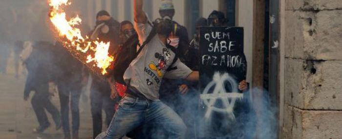 Greve termina com confrontos em São Paulo e no Rio de Janeiro