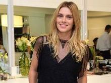 Carolina Dieckmann revela sentir falta de comer 'pão com ovo'