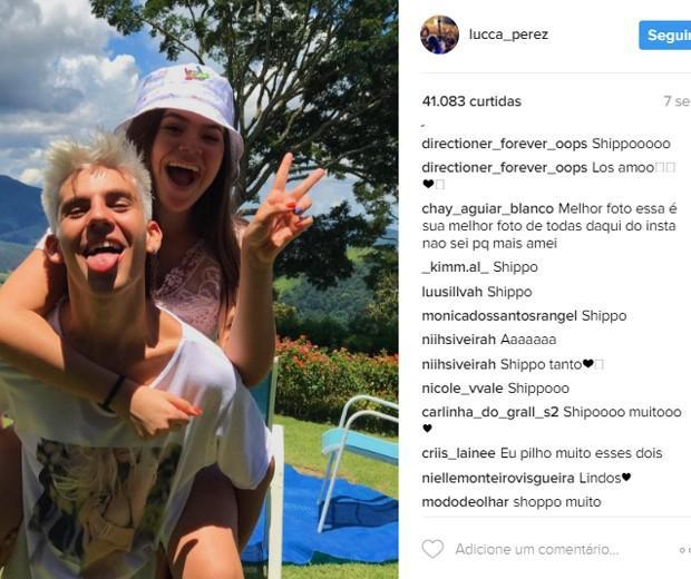 Maísa Silva posa com Lucca Perez e fãs vão a loucura