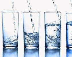 Água com gás faz BEM ou MAL?!!