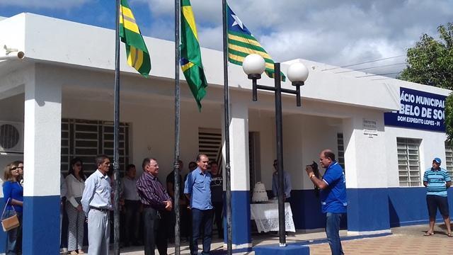 Dom Expedito Lopes comemorou os 53 anos de emancipação. - Imagem 133