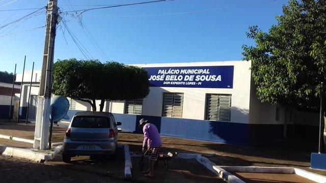 Dom Expedito Lopes comemorou os 53 anos de emancipação. - Imagem 290