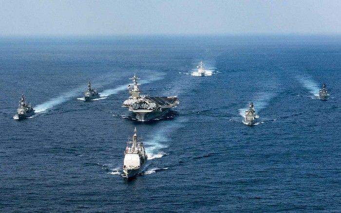 USS Carl Vinson, em foto de arquivo, de 28 de março, em exercício no Oceano Pacífico (Crédito: Reprodução)