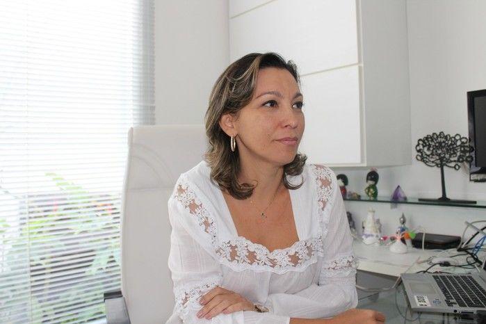 Médica  Clarissa Aires de Oliveira