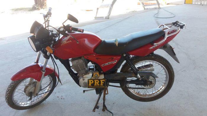 Idoso é preso com moto clonada em Valença