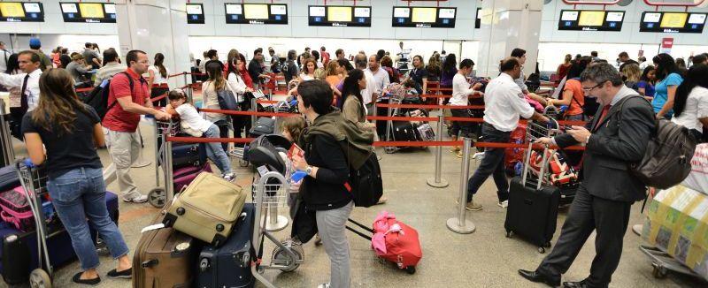 Cobrança de bagagens em voos deve começar a partir de Junho