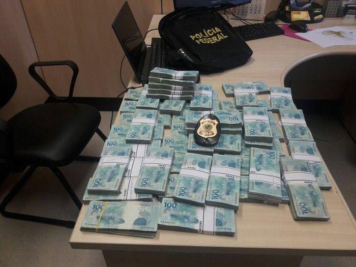 Dinheiro apreendido pela Polícia Federal na Operação Patmos