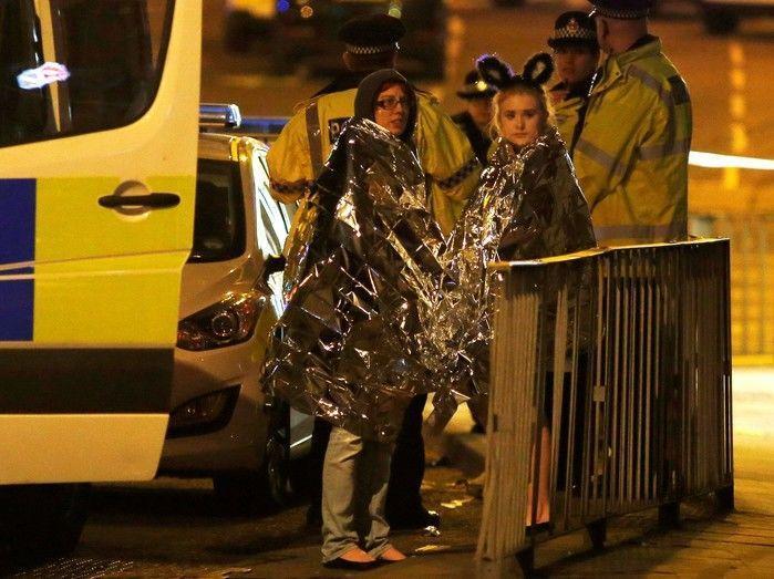 Homem detonou bomba caseira em Manchester, diz polícia