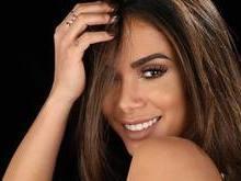 Anitta chega a 20 mi de seguidores e quase empata com Marquezine