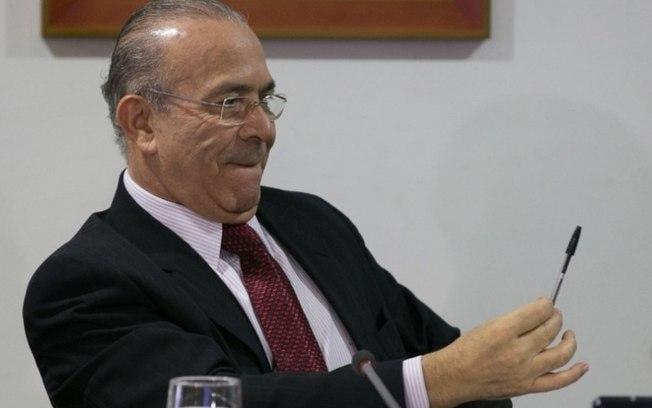 Eliseu Padilha se debruça sobre o mapeamento de parlamentares