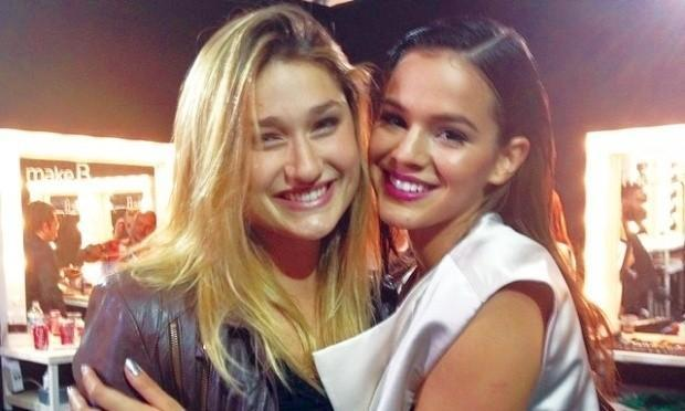 Sasha e Bruna Marquezine em Nova York