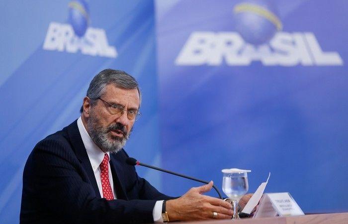 O novo ministro da Justiça, Torquato Jardim, durante entrevista