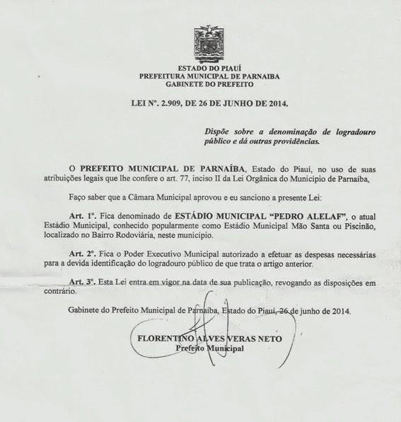 Documento da sanção da lei municipal que oficializava o nome do estádio.  (Crédito: Arquivo Câmara Municipal)