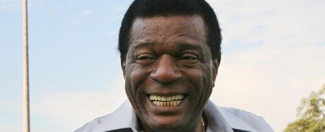 Morre o sambista Almir Guineto, aos 70 anos, no Rio