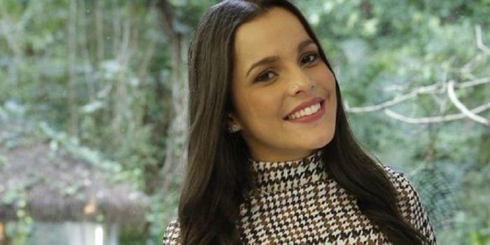 """Campeã do """"BBB"""", Emilly cobra R$ 8 mil por postagem no Instagram"""