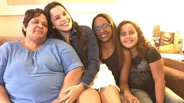 Emilly Araújo se encontrou com fã