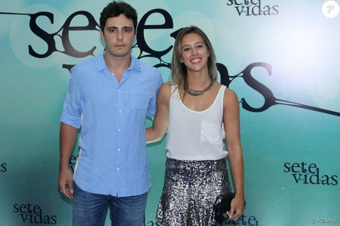 Thiago Rodrigues e a jornalista Cristiane Dias
