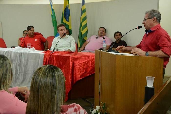 Deputado Assis Carvalho parabenizou o novo Diretório  (Crédito: Adriano Sousa)