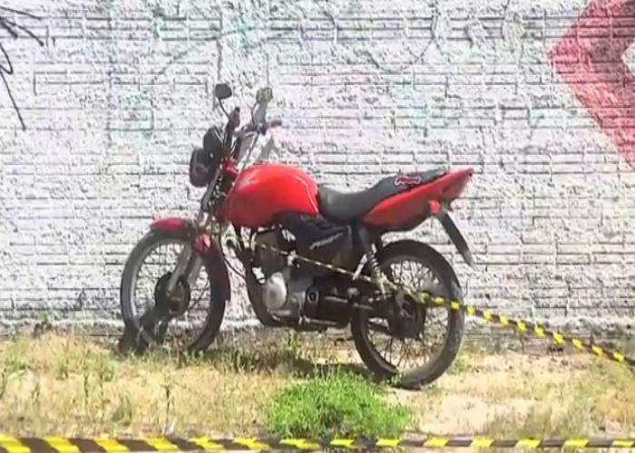 Moto conduzida por José Givanildo dos Santos Rufino (Crédito: Reprodução)