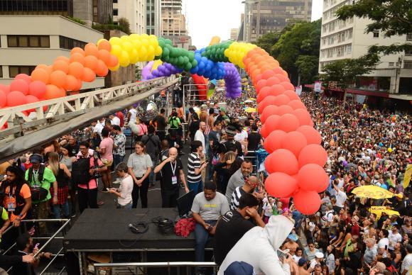 Parada do Orgulho LGBT de São Paulo acontece no próximo domingo