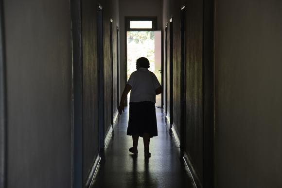 A OMS estima que, em 2050, o número de idosos vai dobrar, chegando a 2 milhões (Crédito: Reprodução)