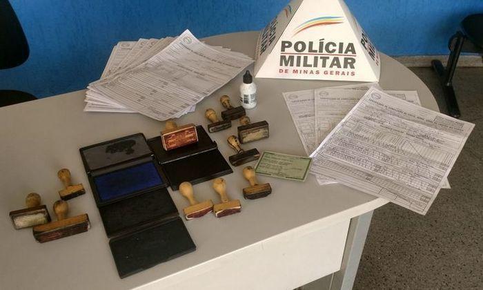 Homem é preso após vender histórico escolar falso por R$ 400