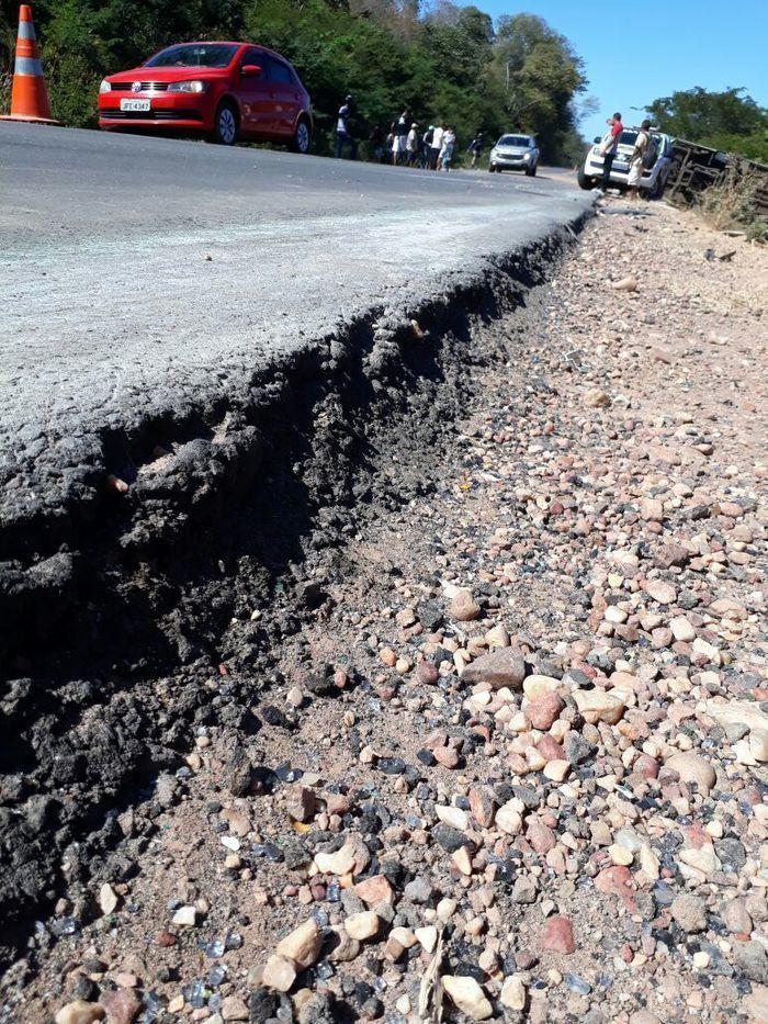 Desnível na pista de aproximadamente 20cm  (Crédito:  Divulgação/PRF)