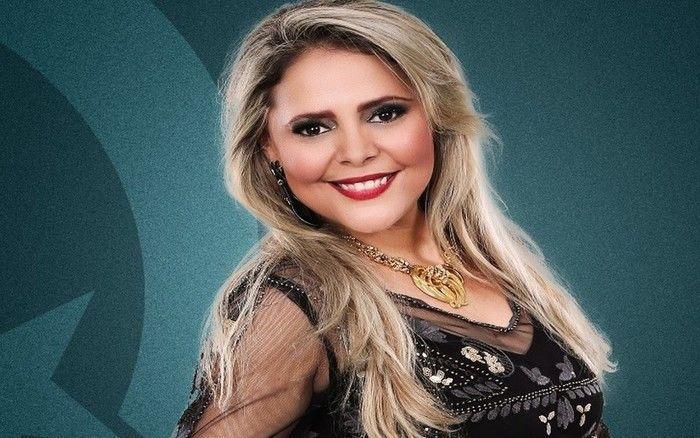 A cantora Eliza Clívia morreu na tarde desta sexta-feira (16) em um acidente automobilístico na capital sergipana. (Crédito: Reprodução)