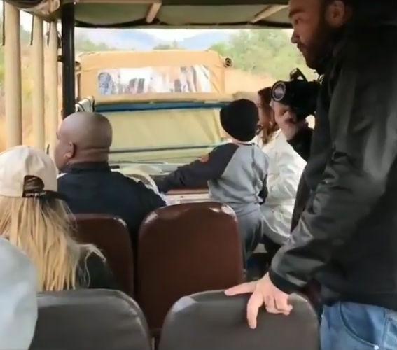 Bruna Marquezine e Neymar curtem safári com David Lucca na África