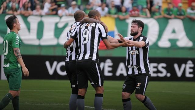 Os gols da partida foram marcados por Roger e Rodrigo Pimpão.  (Crédito: Reprodução )
