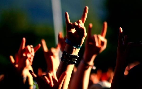 Ouvir Heavy Metal acalma os ânimos, diz pesquisa (Crédito: Getty)