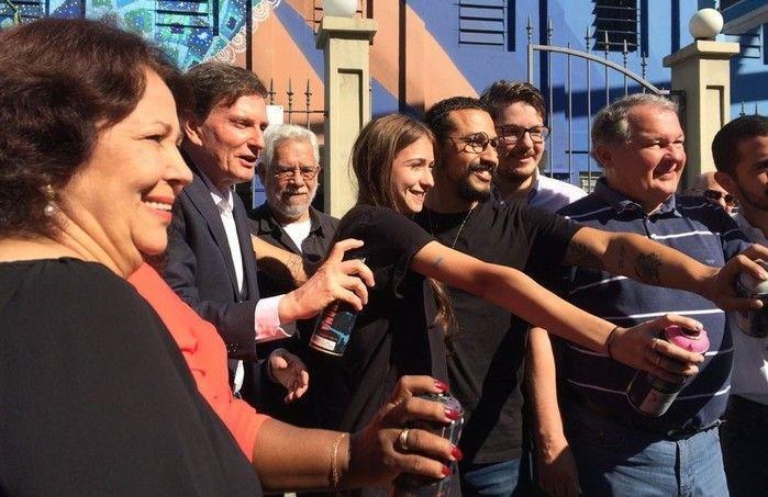 Crivella inaugurou o projeto Rio Big Walls, que valoriza os espaços urbanos da cidade